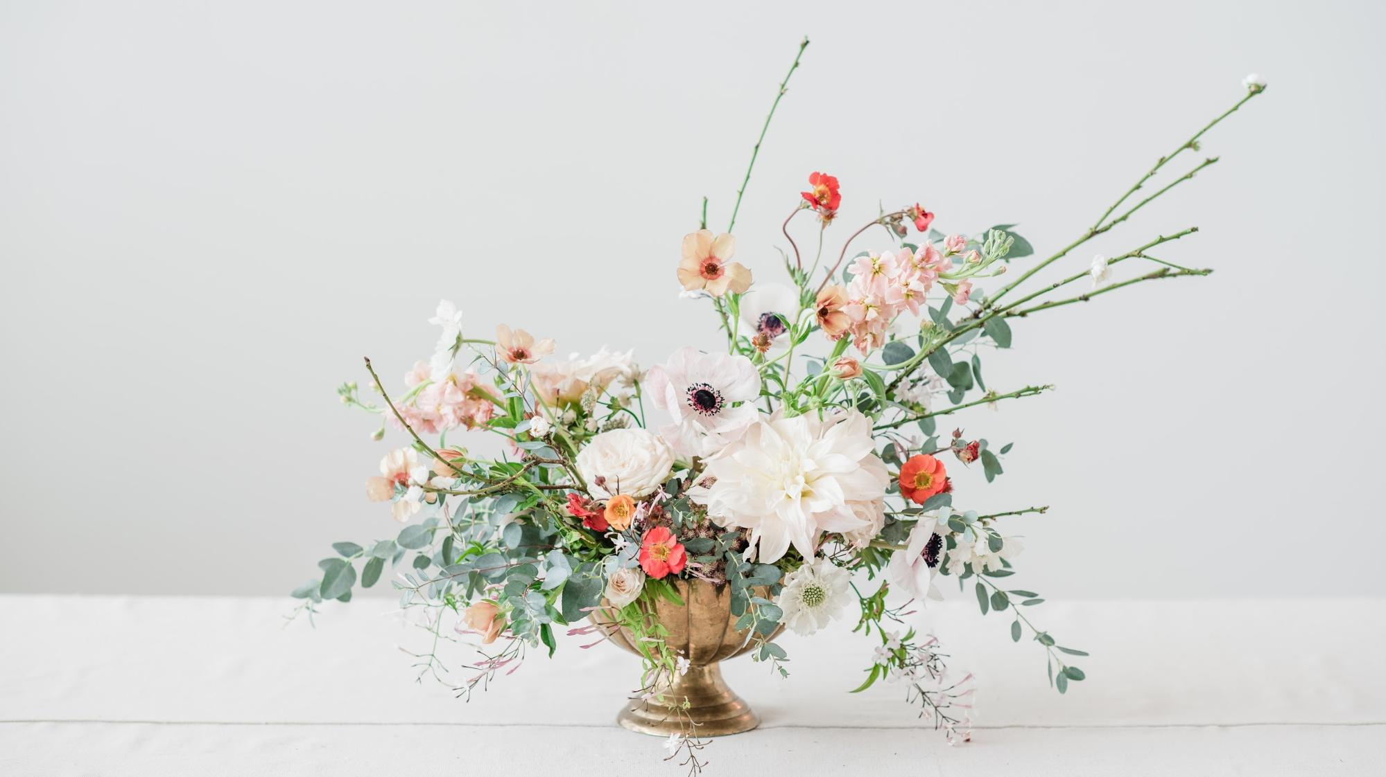 Create Your Own Floral Arrangement Magnolia